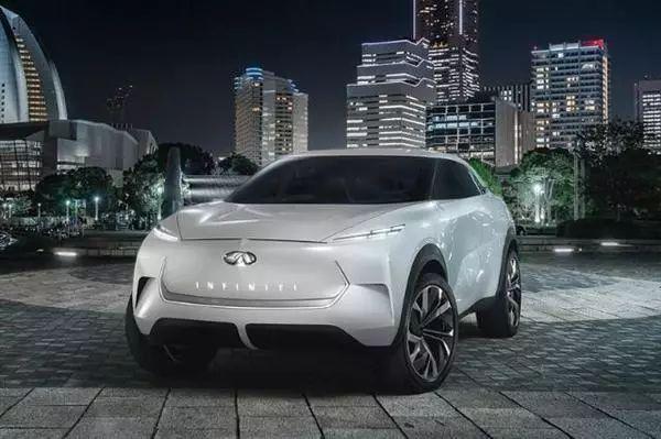 英菲尼迪纯电动SUV将首发:库里提前曝光内饰